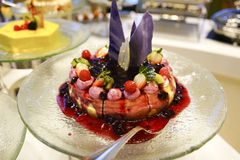 Het fruit omfloerst Cake Stock Afbeelding