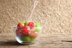 Het fruit van de groenten in het zuurkers royalty-vrije stock afbeelding
