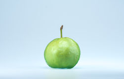 Het fruit van de guave op witte achtergrond Royalty-vrije Stock Afbeeldingen