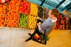 Het Fruit van de Opslag van de kruidenierswinkel Royalty-vrije Stock Afbeelding