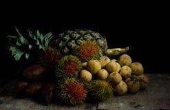 Het fruit van het stilleven Stock Afbeeldingen