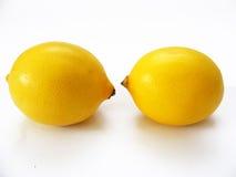 Het fruitbeelden van hoogste kwaliteits ontwerpen de verse die citroenen voor uw douane worden gekozen en adverterend Stock Foto
