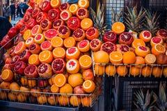 Het fruitmarkt van Istanboel stock fotografie
