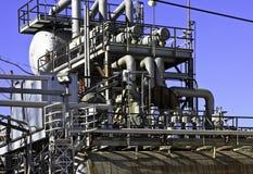 Het gasraffinaderij van de olie Stock Fotografie
