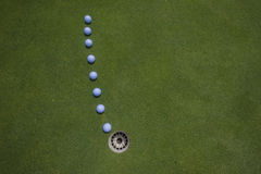 Het Gat van de Lijn van de Ballen van de Put van het golf   Royalty-vrije Stock Afbeeldingen