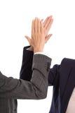 Het geïsoleerde handen toejuichen of succesvolle onderneemster die binnen werken Stock Foto