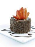 Het gebakje en de aardbei van de chocolade Royalty-vrije Stock Afbeeldingen