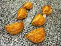 Het gebakje van de fruitomzet, marmeren oppervlakte Stock Afbeelding