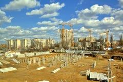 Het gebied, de stichting en de kranen van de bouw. HDRi Stock Afbeelding