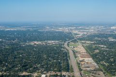 Het Gebied van de metropool van Houston, Texas Suburbs van hierboven in een Airpl royalty-vrije stock afbeelding