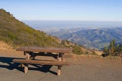 Het gebied van de picknick royalty-vrije stock fotografie