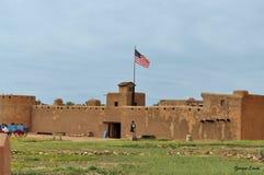 Het gebogen Oude Fort is een nationaal historisch oriëntatiepunt in La-Junta, Colorado Royalty-vrije Stock Foto