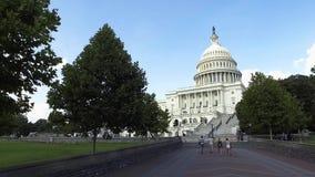 Het gebouw van het Capitool van Verenigde Staten in Washington, gelijkstroom stock videobeelden