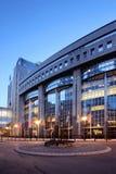 Het gebouw van het Europees Parlement in Brussel (Brussel), België, 's nachts Stock Foto