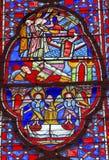 Het Gebrandschilderde glas Sainte Chapelle Paris France van engelendiscipelen Stock Foto