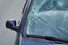Het gebroken glas van de auto schade Stock Foto