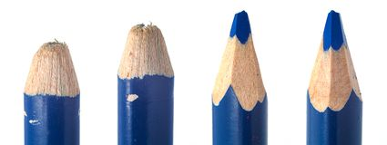 Het gebruikte kleurpotlood leidt macroclose-up stock foto