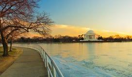 Het Gedenkteken van Jefferson en bevroren Potomac, Washington, gelijkstroom Royalty-vrije Stock Foto