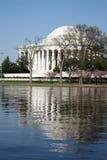 Het Gedenkteken van Jefferson op een duidelijke zonnige dag Stock Afbeelding