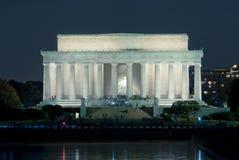 Het Gedenkteken van Lincoln, gelijkstroom, bij Nacht Stock Foto