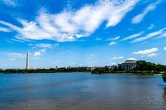 Het gedenkteken van Washington Monument en Jefferson- Stock Foto