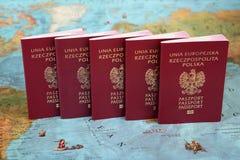 Het geld van de wereld, de kaart van de Wereld, de overdracht van het Geld Royalty-vrije Stock Afbeelding