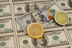 Het geldachtergrond van het dollarbankbiljet Stock Foto's