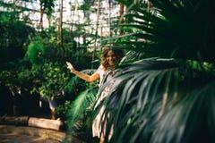 Het gelijk maken in een mooie tuin Stock Fotografie