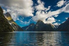 Het Geluid van Milford, Nieuw Zeeland stock afbeelding