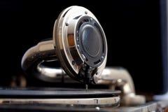 Het geluid van wijnoogst. oude grammofoon dichte omhooggaand royalty-vrije stock fotografie
