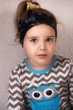 Het gelukkige autistische meisje glimlachen Royalty-vrije Stock Fotografie