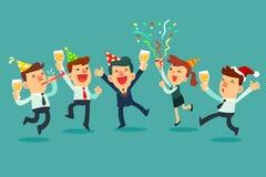 Het gelukkige commerciële team vieren in bureaupartij Royalty-vrije Stock Fotografie