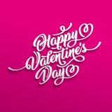 Het gelukkige de Daghand getrokken die borstel van Valentine s van letters voorzien met schaduw, op karmozijnrode achtergrond wor Royalty-vrije Stock Foto's