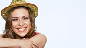 Het gelukkige het glimlachen portret van het vrouwengezicht Glimlach met tanden stock afbeeldingen