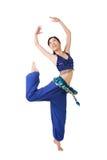 Het gelukkige het glimlachen meisje dansen royalty-vrije stock foto's