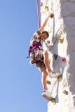 Het gelukkige Jonge Beklimmen van de Jongen Royalty-vrije Stock Afbeelding