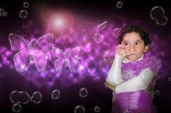 Het gelukkige jonge model van het meisjeskind Royalty-vrije Stock Afbeelding