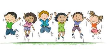 Het gelukkige kinderen springen. Stock Afbeeldingen