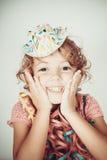 Het gelukkige meisje glimlachen Stock Afbeeldingen