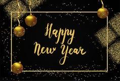 Het gelukkige Nieuwjaar Kalligrafische Van letters voorzien De gouden bal en schittert Stock Foto
