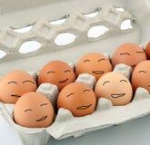 Het gelukkige paaseieren glimlachen Stock Foto's