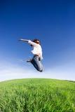 Het gelukkige vrouw springen Royalty-vrije Stock Fotografie