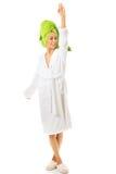 Het gelukkige vrouw stellen in badjas Royalty-vrije Stock Foto's