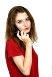 Het gelukkige vrouwentelefoon spreken Gezicht met toothy glimlach Royalty-vrije Stock Foto