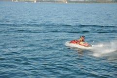 Het genieten van de van mening van het meer van Ontario Stock Foto