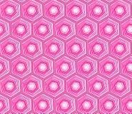 Het geometrische naadloze het herhalen patroon met hexagon vormen in getrokken pastelkleurroze en hand stippelt textuur vector illustratie
