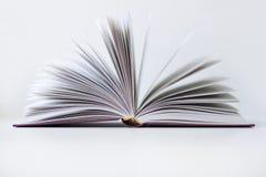 Het geopende boek Royalty-vrije Stock Foto's