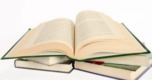 Het geopende boek royalty-vrije stock afbeeldingen