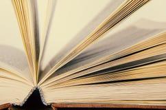 Het geopende boek stock fotografie