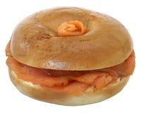 Het gerookte Ongezuurde broodje van de Zalm Royalty-vrije Stock Foto